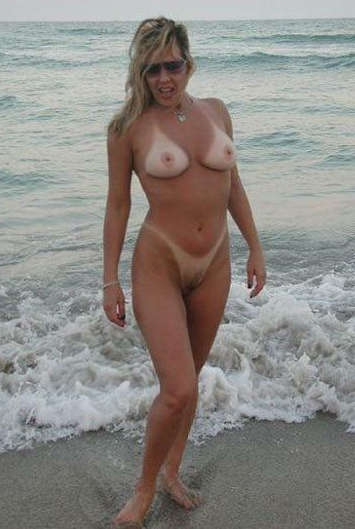 Mature Beach Milfs