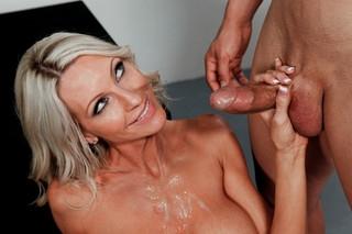 Erotica l a show