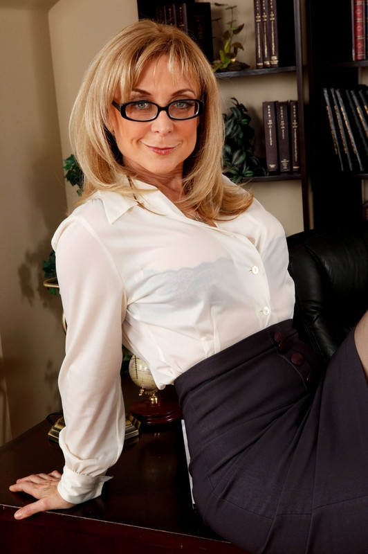 Nina Hartley & Xander Corvus in My First Sex Teacher - Naughty America; Blonde Mature Pornstar