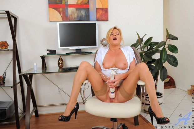 Ginger Lynn finds her magic wand at work; Blonde Milf Pornstar Toys