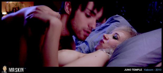 Juno Temple sexy scene; Celebrity Hot