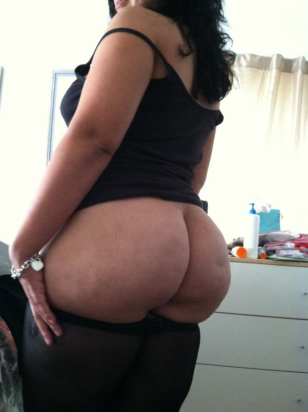 Filmed tasting big booty milf latinas