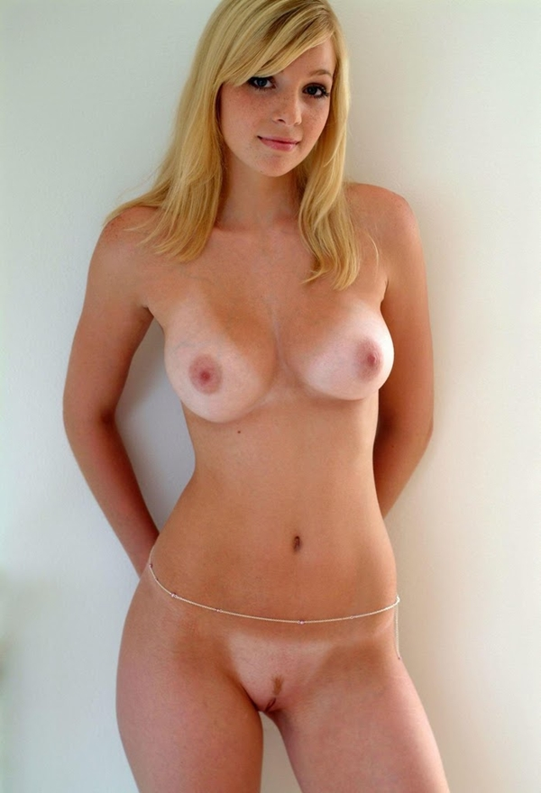 Blonde British Babe Big Tits