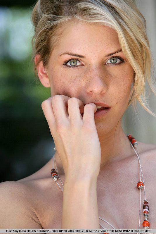 Iveta - simply stunning; Babe Blonde
