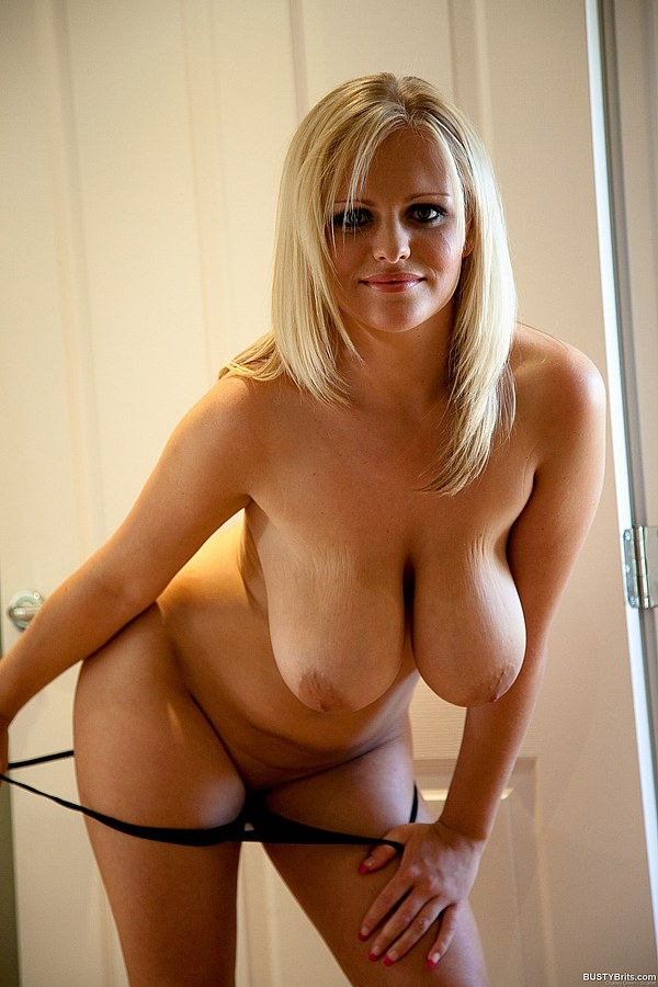 Blonde milf with big natural tits can not