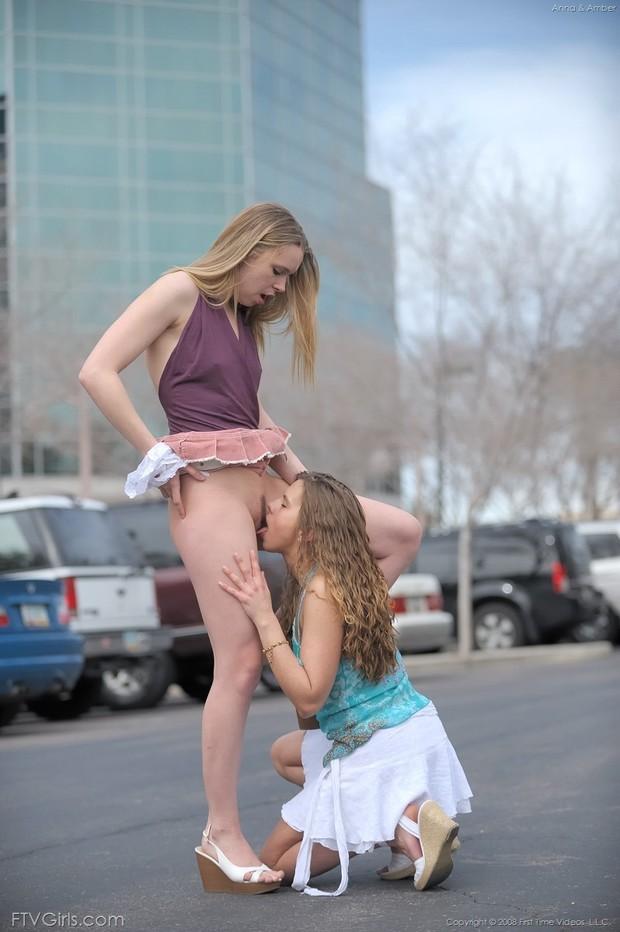 lesbian sex in public: