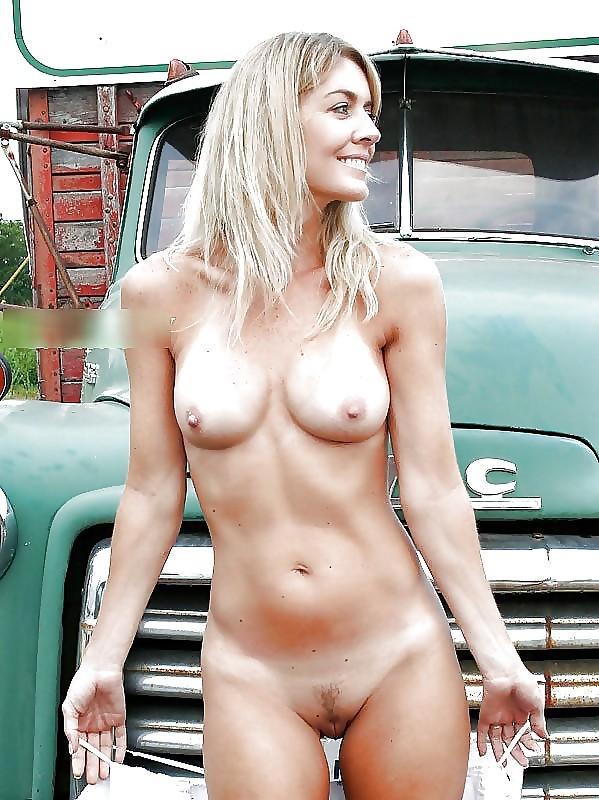 Voyeur web blonde jpg