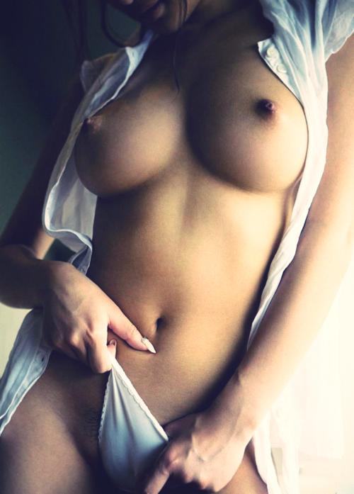 Delicia; Hot
