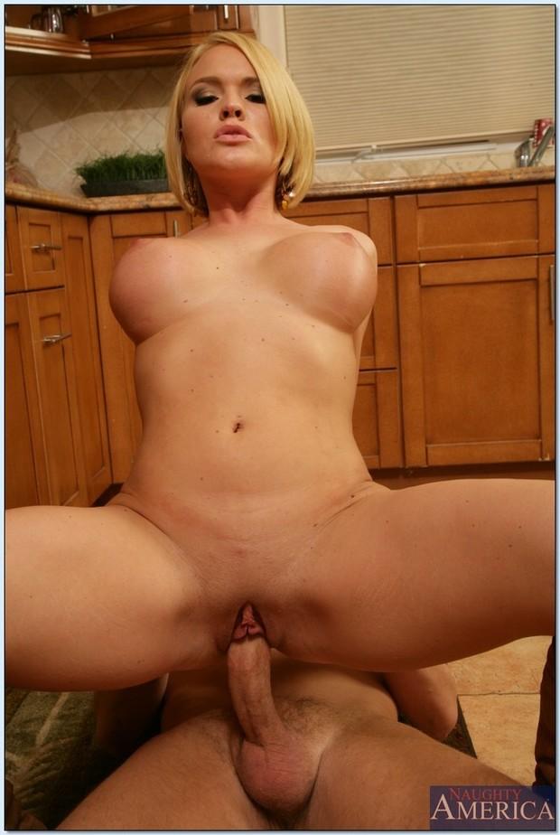 Can big tits mature blonde