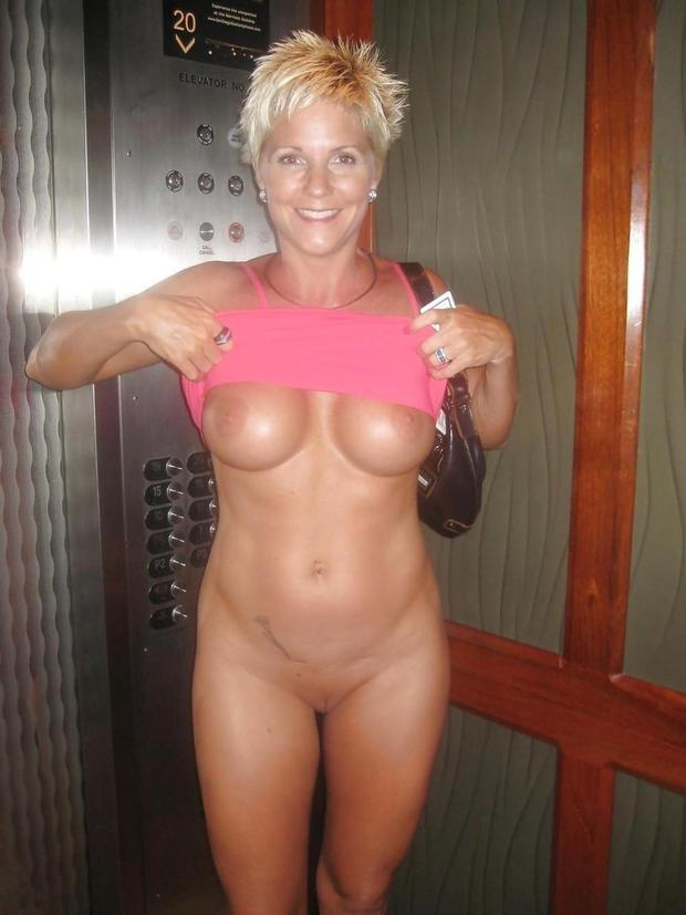 Milf in blonde elevator tits flashing