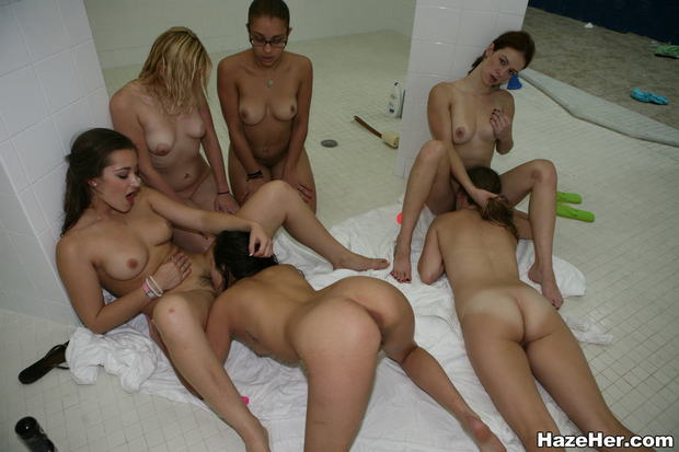 YOUNG SEX PARTIES -///- Teenagers hanging out and fucking