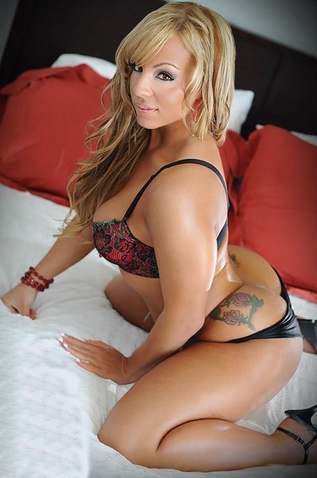 Culos tatuados en Culo Del Dia - Culo del Día; Ass Babe Blonde