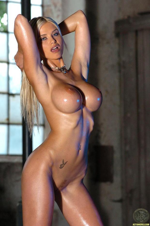 ...; Athletic Big Tits Blonde Hot
