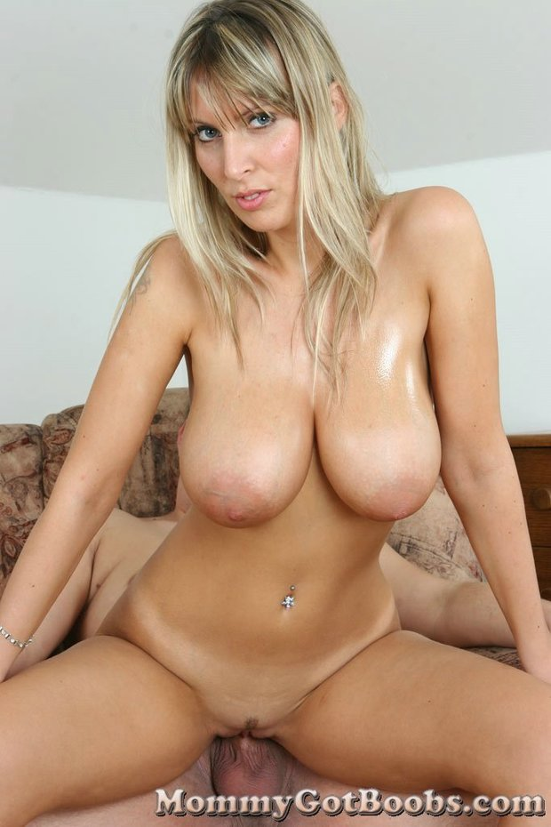 Naked big boobs blonde milf
