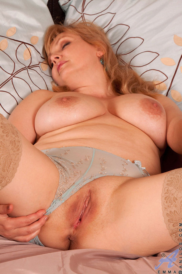 Good Blonde milf cougar lingerie