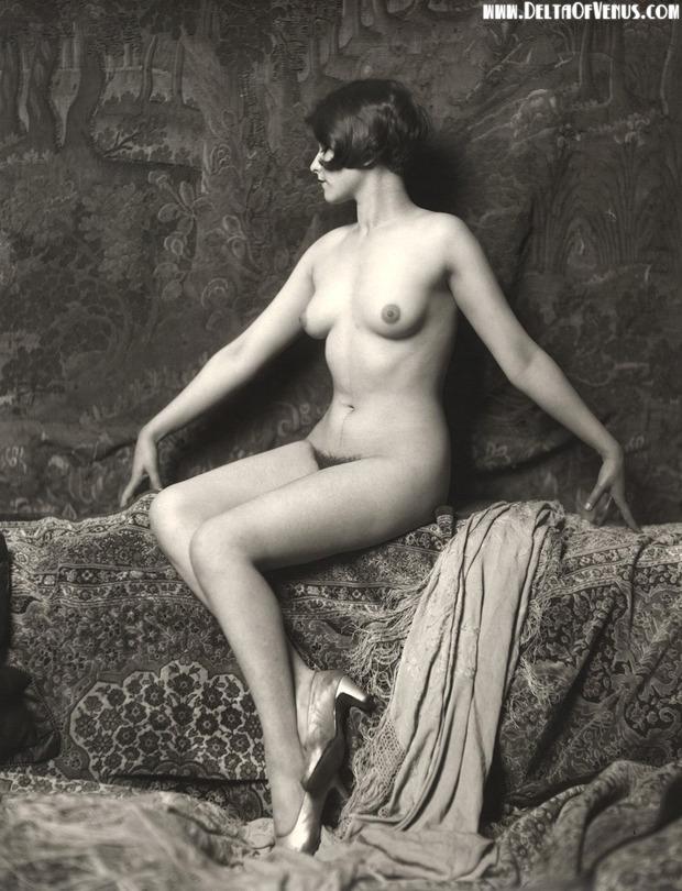 голые девушки ретро фото