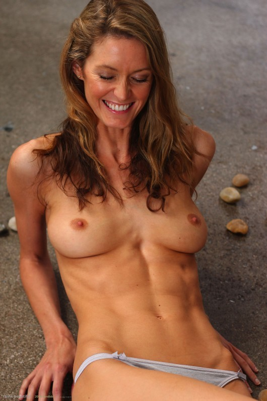 Sexy And Fit Naked Moms