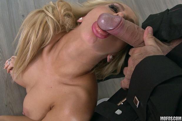 nakrashennie-zhenshini-porno-seks