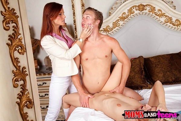 MomsBangTeens presents Jessie Volt in video: Vaginal volt; Big Tits Blonde Blowjob Shaved