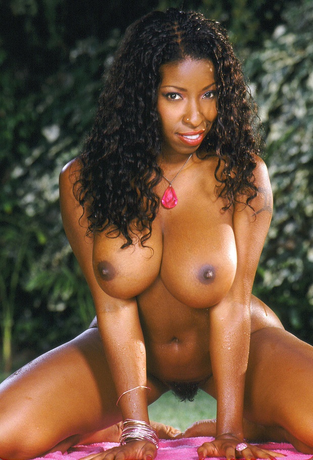 Vanessa blue big boobs