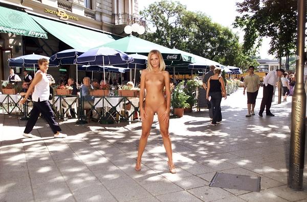 Kent Nude