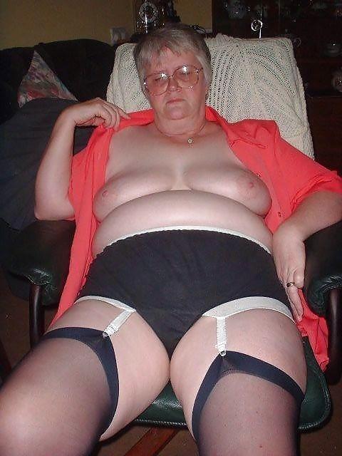 фото толстых баб в панталонах