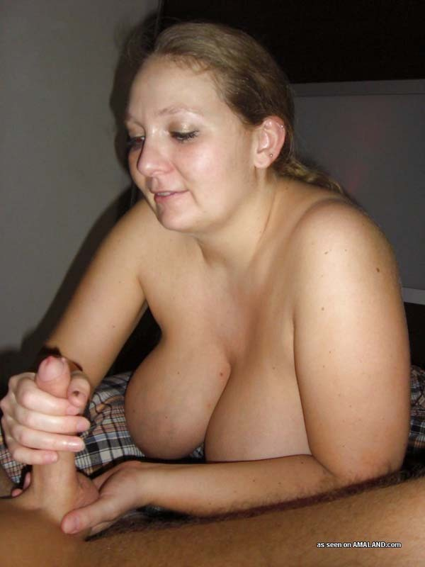Amateur big boobs handjobs