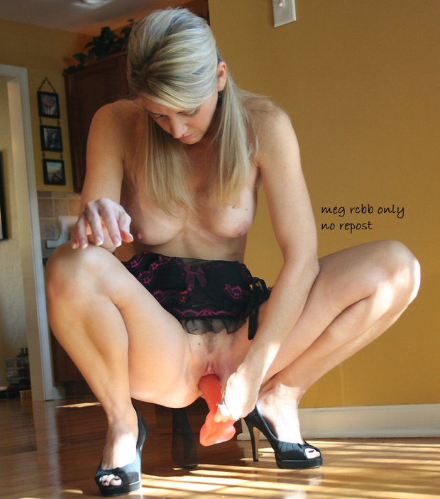 Posted at 4:58 pm Tagged with: Blonde , Milf: blondethumb.com/?tag=milf&paged=135