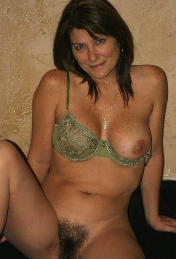 Milf hot amateur video galleries