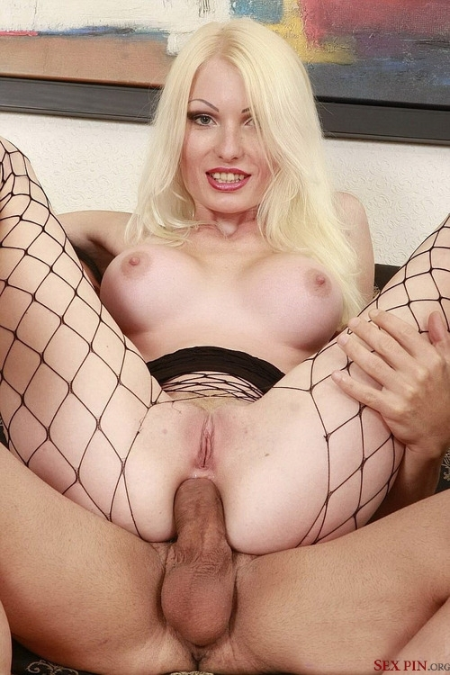 Sexy mom n80 blonde mature anal with a young man