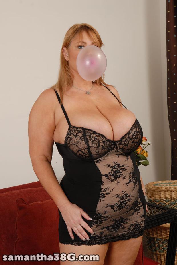 ...; Babe BBW Big Tits Blonde