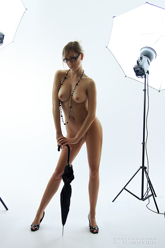 ; Babe Big Tits Blonde