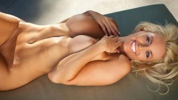 Lindsay Love Davis Blonde Babe Bikini Fun All Nude; Babe Blonde