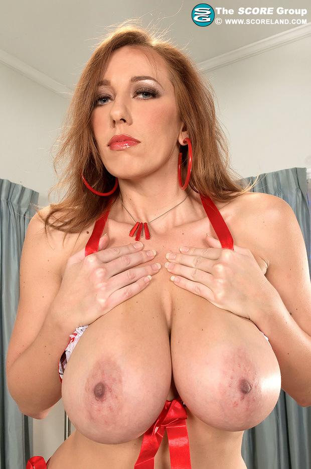 Huge Tits Pornstar 112