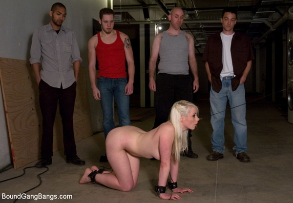 Lorelei hot groupsex with iron devices : Gangbang BDSM; Blonde Bondage Gagging