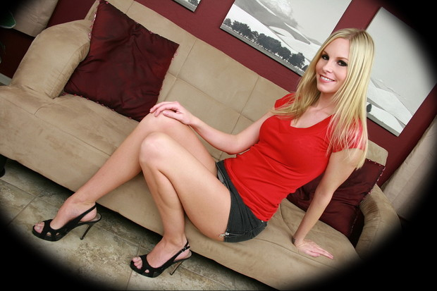 ...; Babe Blonde Highhees Legs Non Nude