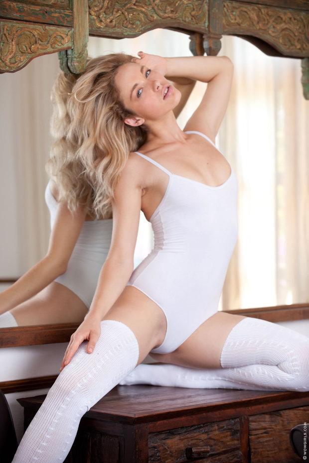 debby ryan video naked